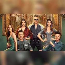 830: 'Housefull 4' Is A Regressive Comedy That Takes Us Back 600 Years - Movie Reviews With RJ Stutee
