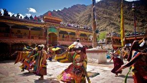 மலைவாழ் மக்களின் திருவிழா | Malaivazh Makkalin Thiruvizha