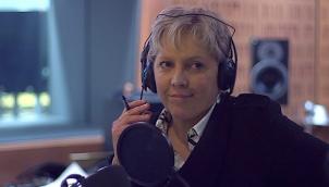 'असमान वेतन' के चलते बीबीसी संपादक ने दिया इस्तीफा | Carrie Gracie could not collude in pay discrimination