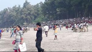 आठ की क्षमता, बैठाए 40, समंदर में डूबी नाव - Three school students die off Mumbai coast