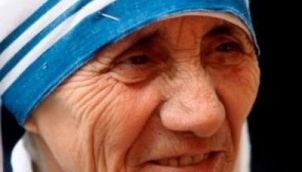 Mother Teresa : Angel of Mercy