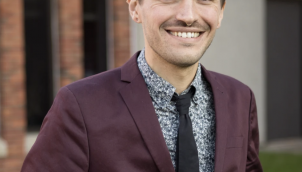 Exploring the Joys and Pitfalls of Online Connection: Chris Stedman
