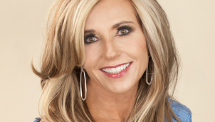 Spring Back Series #1: Courageously Changing with Beth Moore
